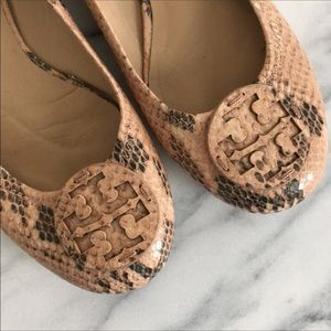Tory Burch size 8 shoes in GREAT condition!